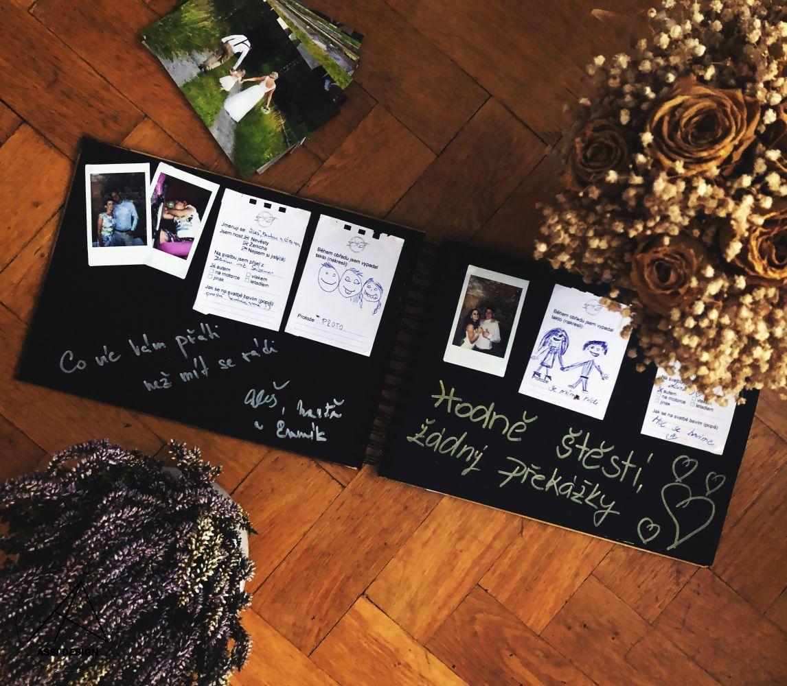 Dřevěné fotoalbum Květiny v srdci